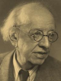 V. Novák